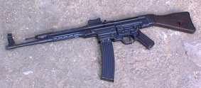 German Rifle  and MP44 Accessories - various