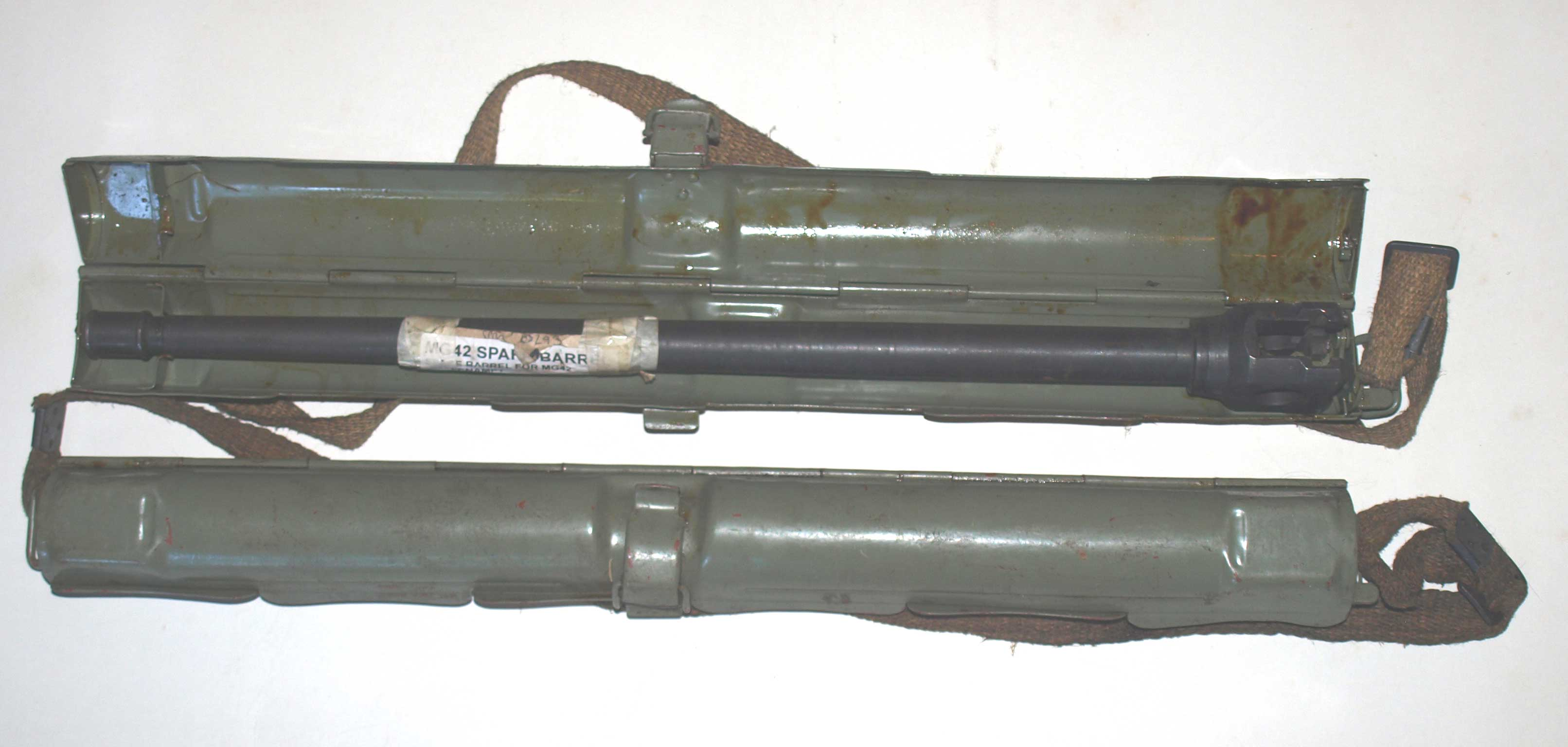WW2 MG42 Deactivated Spare Barrel and case