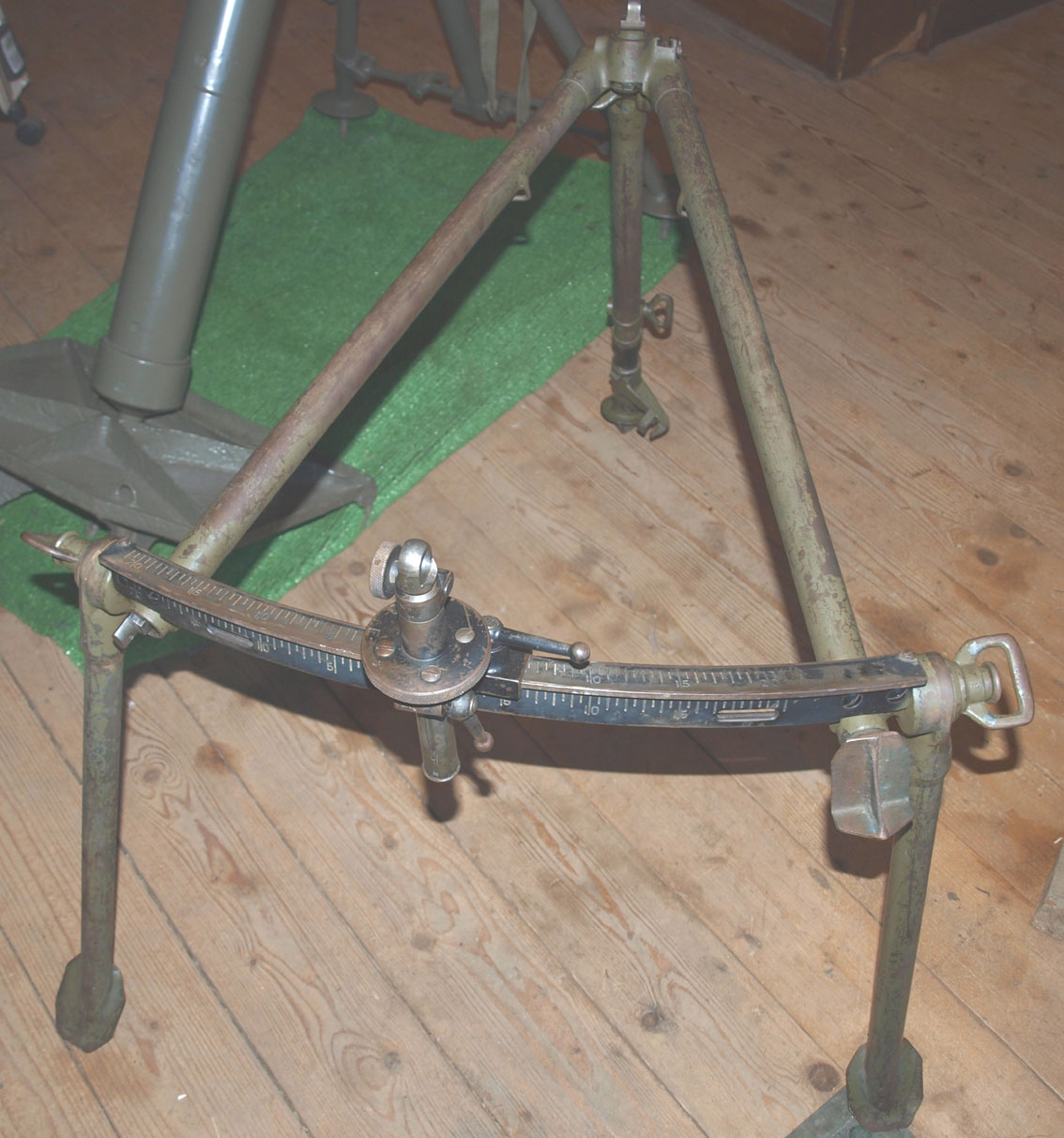 Bren AAA Tripod Mk1 dated 1942