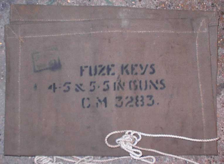 "Holdall Fuze Keys  5.5"" Gun (and 4.5"")"